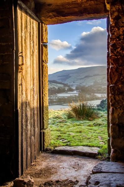Open door. by icphoto