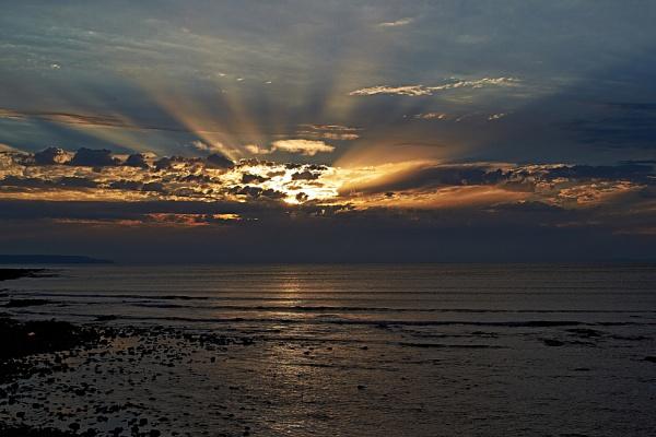 Keyboard Sunset by Petemoyes