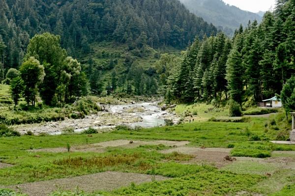 River Uhl [Barot valley] by Bantu