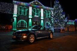 Z3 under christmas lights.
