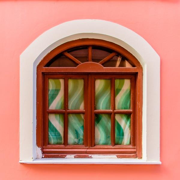 windows by mogobiker
