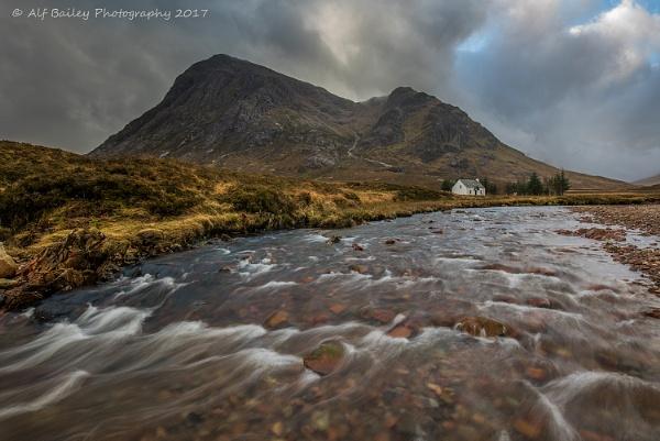 River Cottage by Alffoto