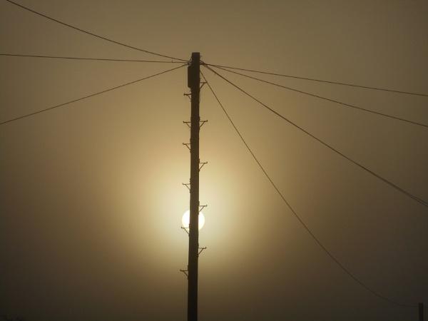 Through the fog by humblebum