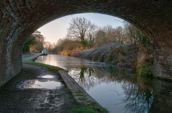 Canal bridge (Middleton Lakes) by tom_earwaker