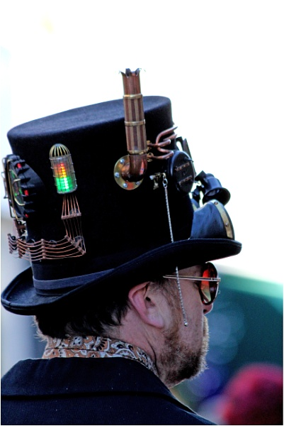 Contraption Hat. by lifesnapper