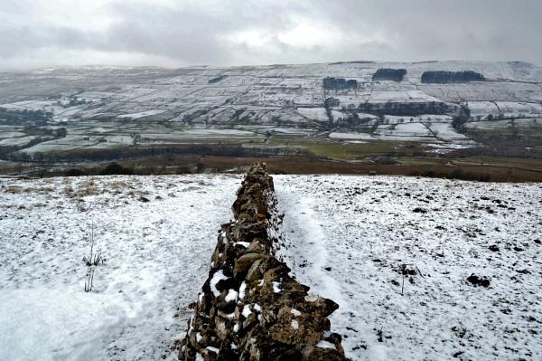 Walking in the winter wonderland. by lufc62