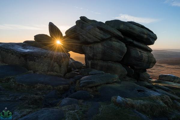 Shelter Rock Sunrise - Higger Tor by jamesgrant