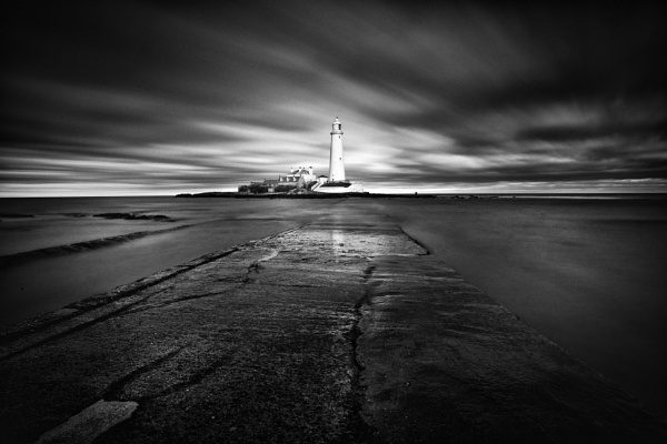 St Mary\'s Lighthouse by Stumars