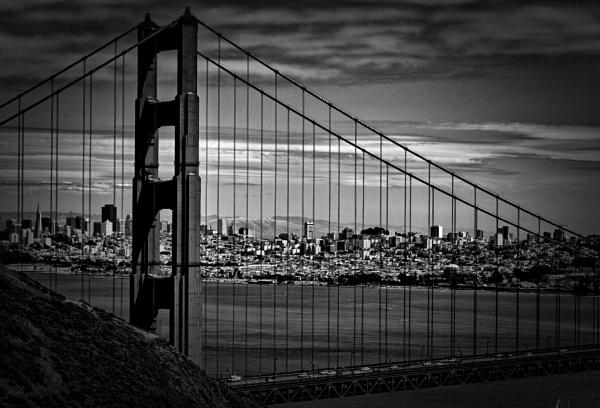 Golden Gate Bridge black and white by Kerro