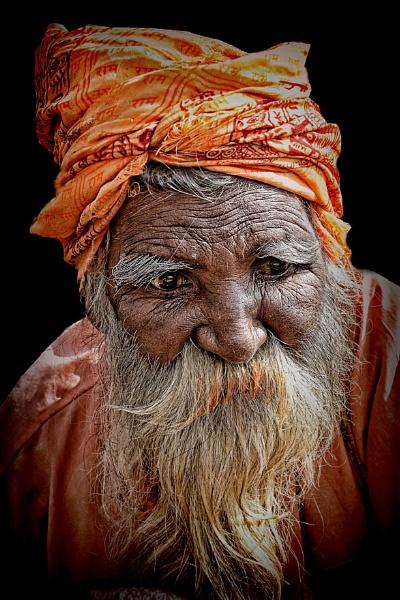 pilgrim in Haridwar Uttarakhand by sawsengee