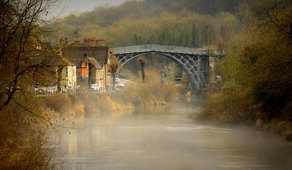 Mist on the Severn by optik