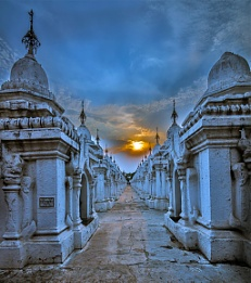 Sunset over Myanmar temples II