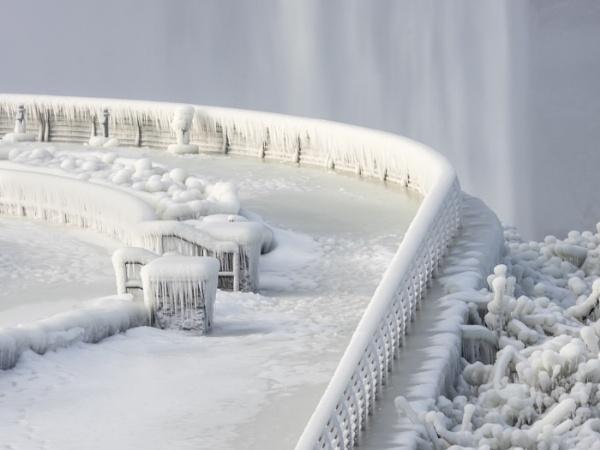 Frozen Falls by janetm