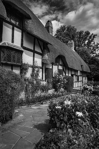 The Cottage by Russell_Charles