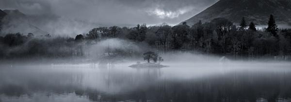 Mist on Derwentwater by Mike43