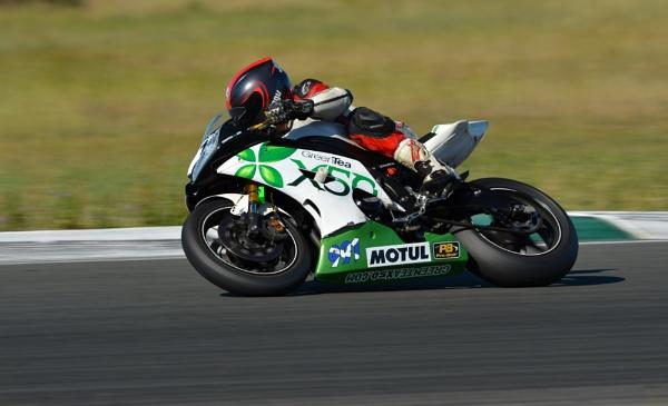 Motorcycle racing by steevo46