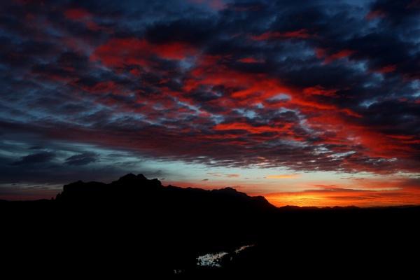Superstition Sunrise 22JAN2017 by AudiusLoudus