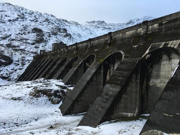 Loch Sloy Dam by scuba_steve1888