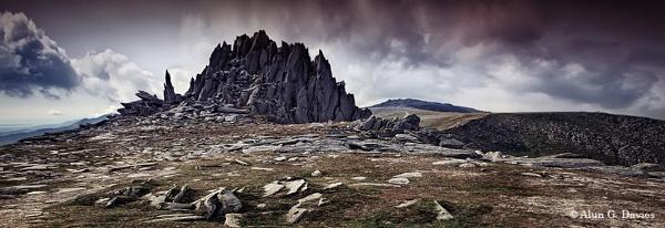 Castell Y Gwynt / Castle of the Wind by Tynnwrlluniau