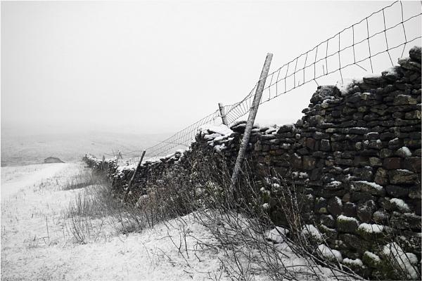 Snow Stone Wall by jeanie