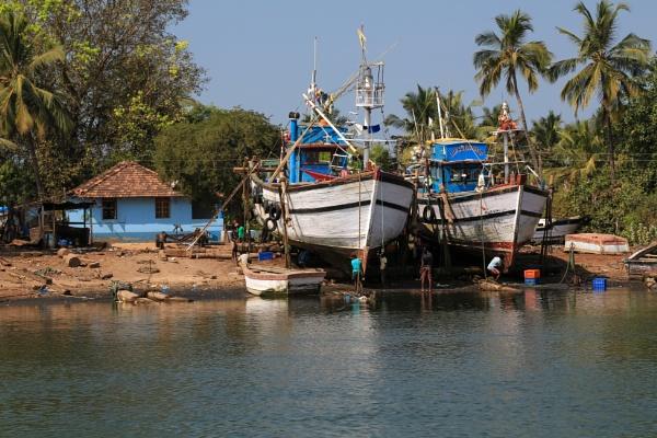 Boatyard by brianwakeling
