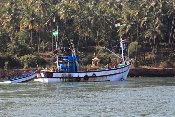 Going fishing by brianwakeling