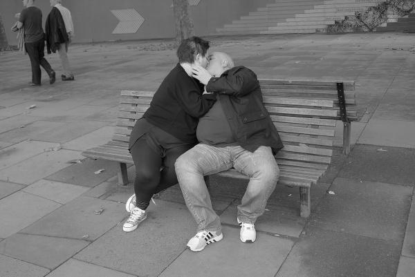 Snogging by EddieDaisy