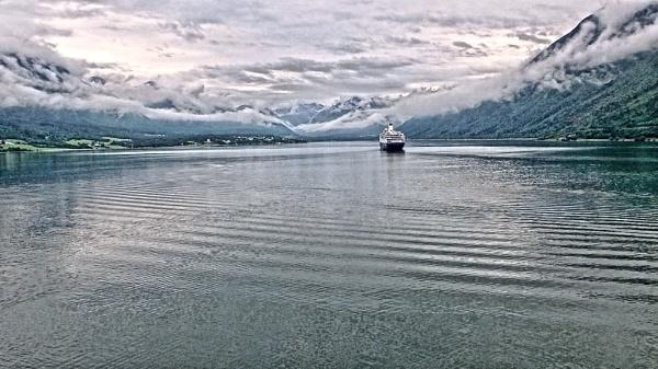 Fjord by renoops