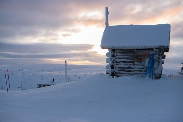 The hut in winter