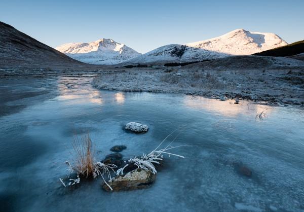 Deep Freeze by PaulHolloway