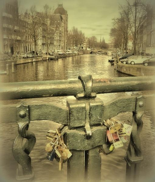 Opgesloten in de liefde by Philip_H