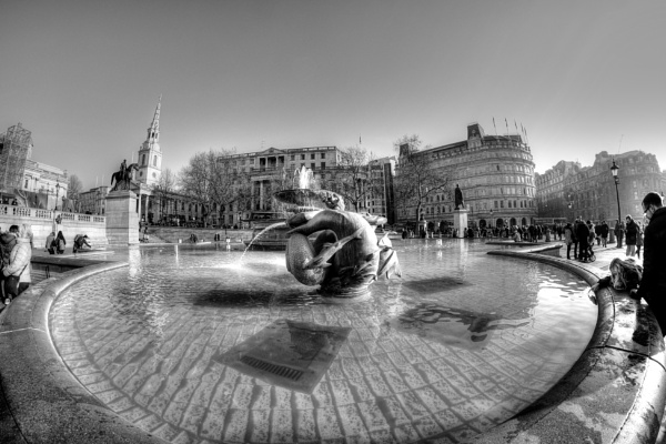 Fountain by MIKEYMIKEY