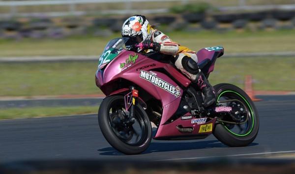 Motorbike racing by steevo46
