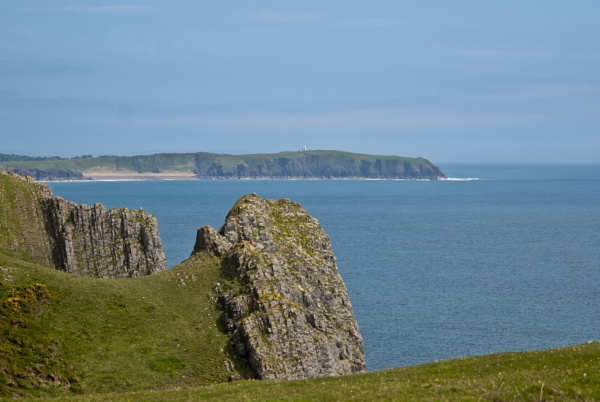 Caldey Island from Lydstep Headland, Pembrokeshire by JohnkCG