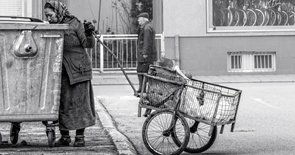 Urban Scene LXVII by MileJanjic