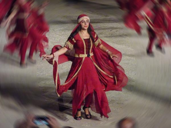 DANCING by dimalexa