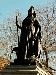 Queen Victoria Statue in Gore Park