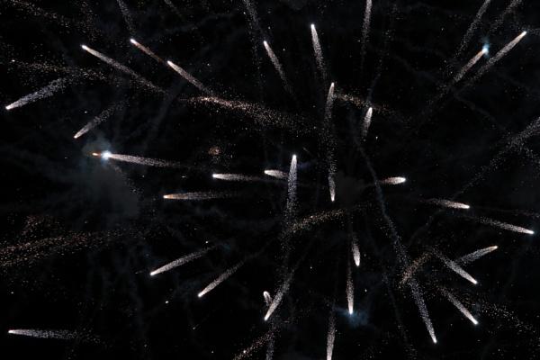 Shooting stars by Guzzi