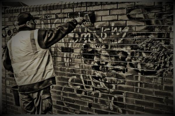 Graffiti.Remover. by kojack