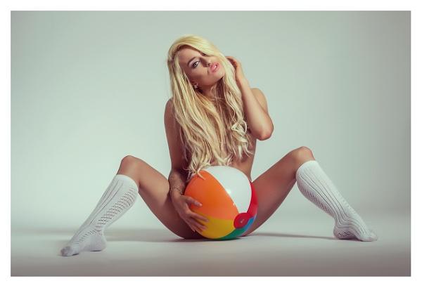 Britney\'s Sphere by K4RL
