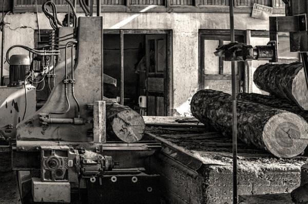 H D Vertical Log Sawmill II by nonur