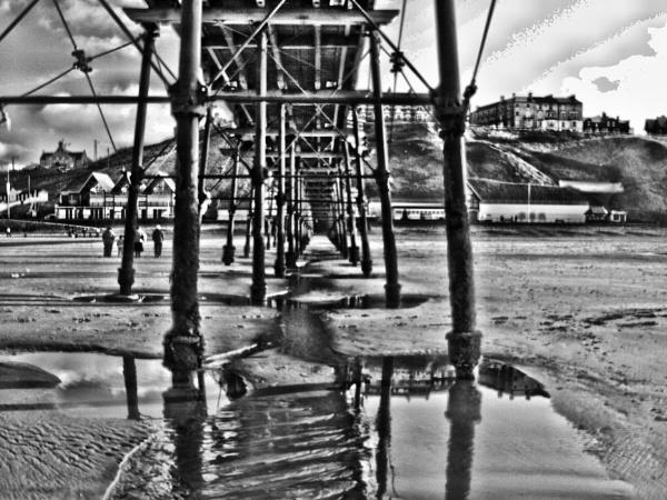 SALTBURN PIER.VIEW FROM BEACH by kojack
