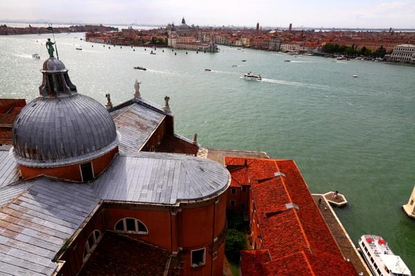 Venezia dalla chiesa di san Giorgio Maggiore by AV76