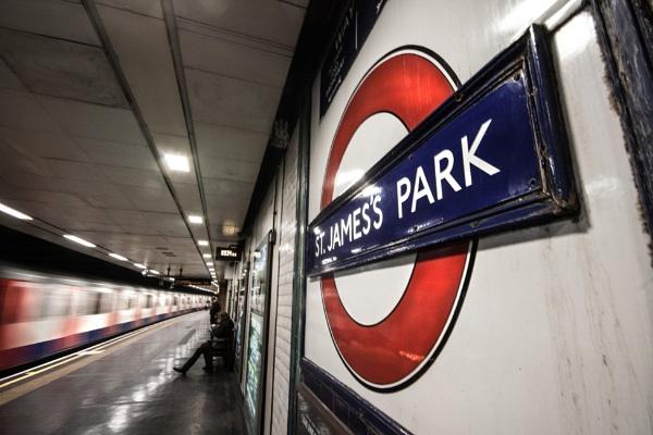 London tube by ephotomyster1