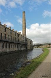 Slater Terrace and warehouse, Burnley