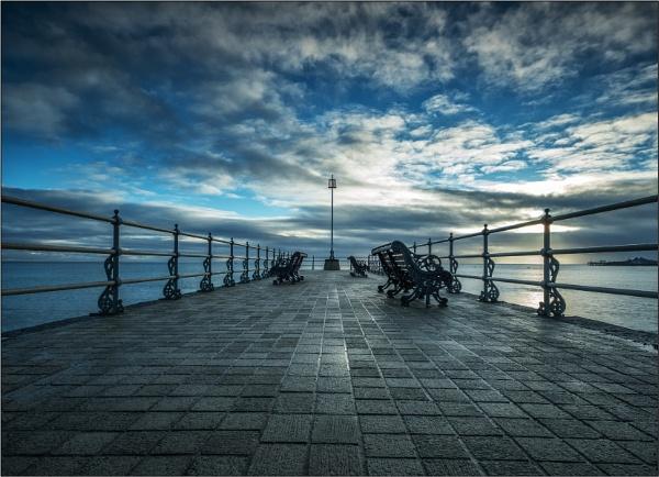 Banjo Pier by DTM