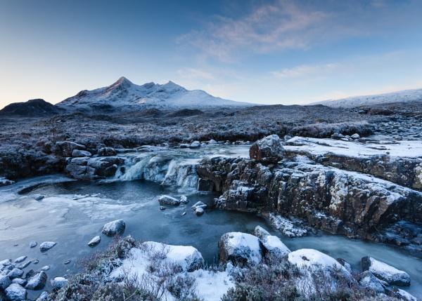 Sgurr nan Gillean by PaulHolloway