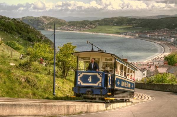 Mountain Tram by PRE99