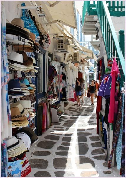 A Mooching Moment in Mykonos. by lifesnapper