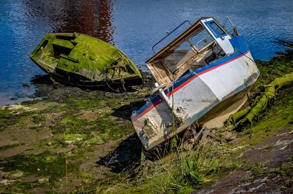 Wrecked........ by Craigie10